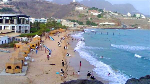 خفر السواحل تحذر من السباحة في شواطئ هذه المحافظات