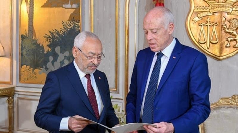 الرئيس التونسي قيس سعيد يعلن تجميد عمل البرلمان واقالة رئيس الحكومة .. وراشد الغنوشي يرد
