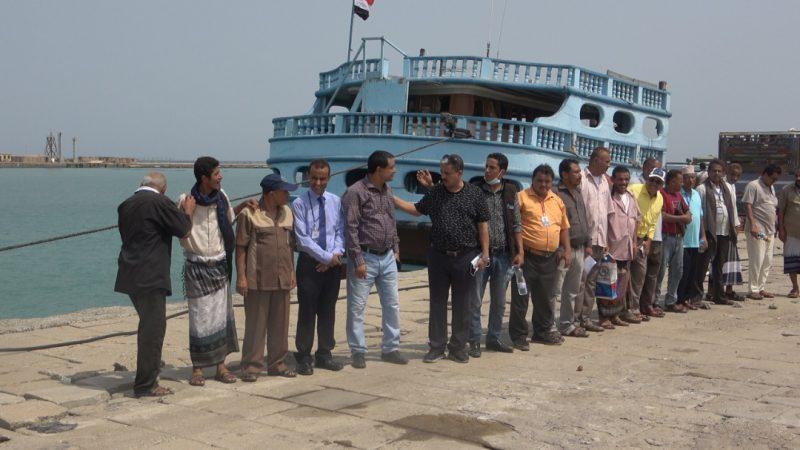 بعد اجتزاء جزء منه.. ميناء المخا يستقبل بضاعة ممنوعة في أول أيام إعادة تشغيله