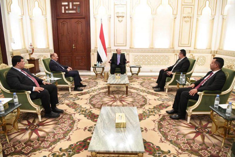 إجتماع استثنائي لرئيس الجمهورية بنائبه ورئيس الوزراء