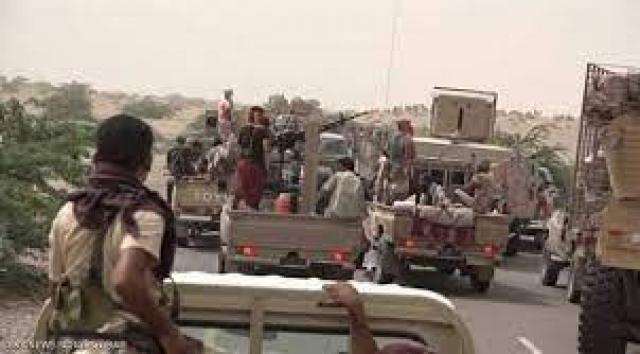 """مسؤول حكومي سابق يتهم الامارات """"ضمنياً"""" بالوقوف وراء استهداف اللواء الثالث عمالقة بقاعدة العند"""