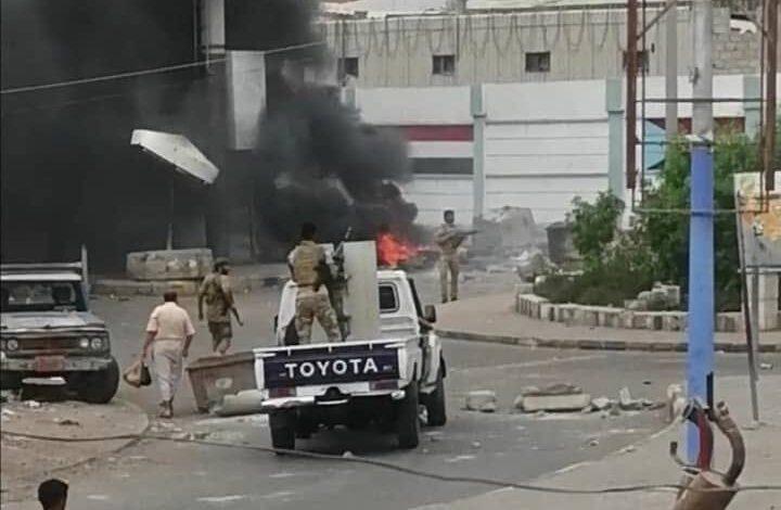 هكذا تبدو العاصمة المؤقتة عدن فجر اليوم الجمعة!
