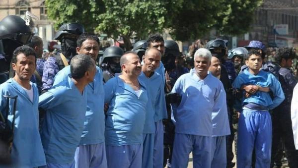 قيادات ووجهاء وأعيان وفعاليات تهامة يدينون إعدام الإنقلابيين 9 مواطنين ويتوعدون بالقصاص من الحوثيين